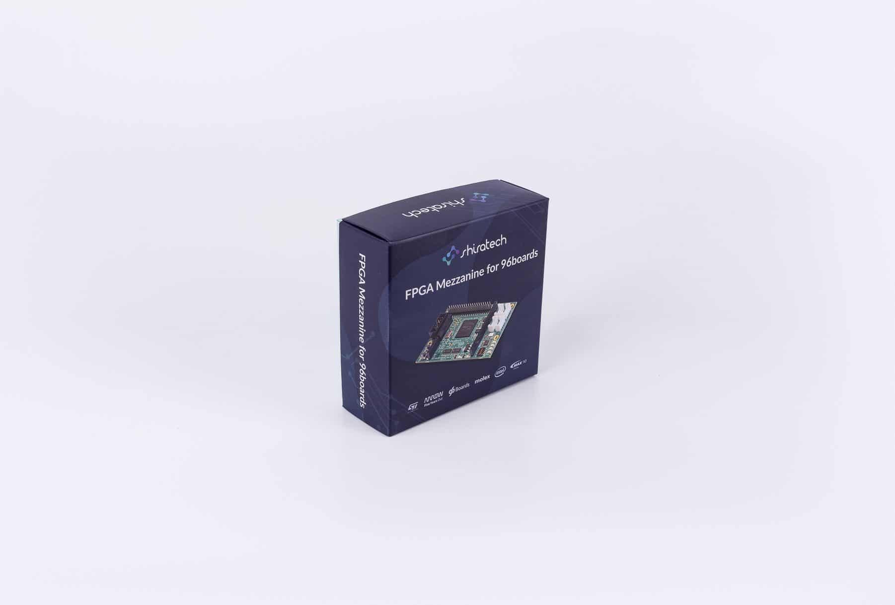 """אריזה ל- FPGA Board מנייר קרוטון - עיצוב ע""""י פאר פרינט"""