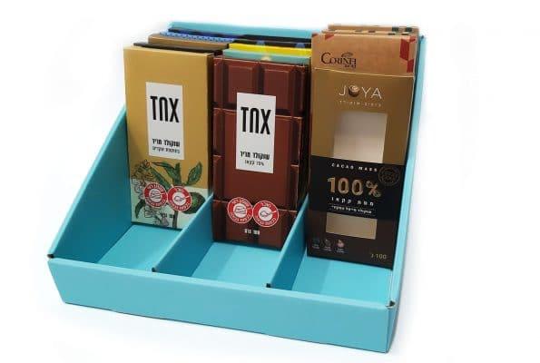 אריזות מזון ייחודיות לשוקולדים של TNX ו- JOYA. האריזות בנויות ממספר שכבות שישמרו על איכות המוצר והטריות שלהם. המארזים עשויים ממגוון חומרי גלם. שימוש במכונות HP INDIGO להדפסה והשבחה